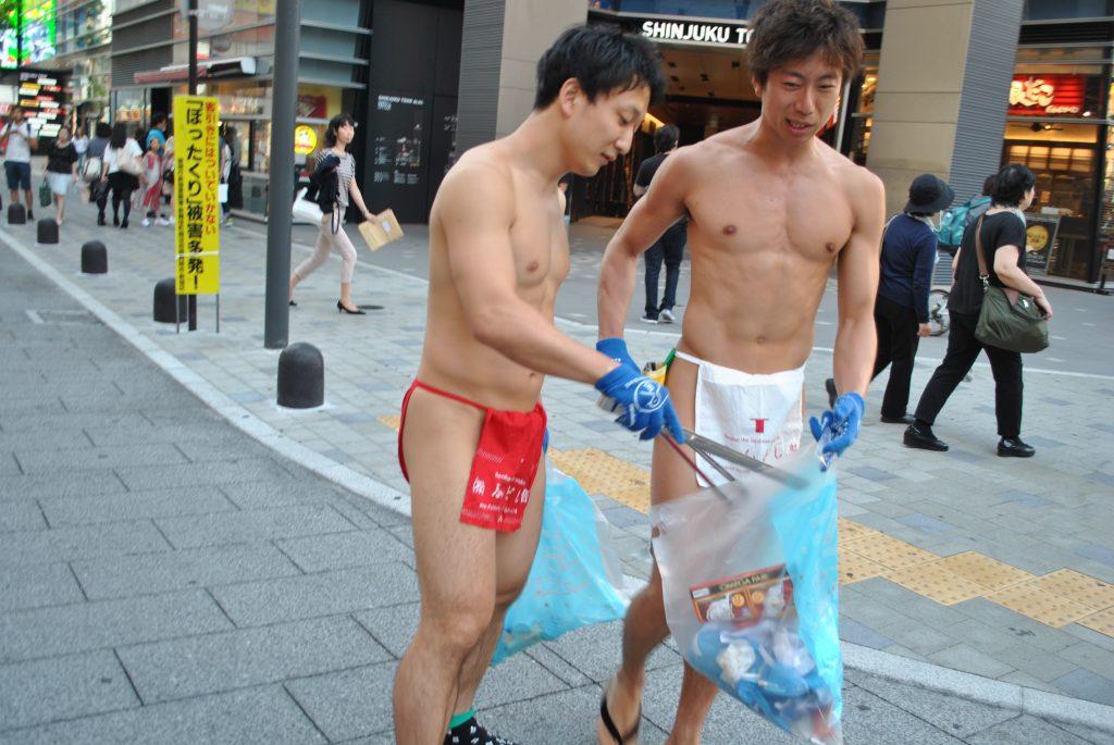 fundoshiman-cleaning-separating-trash