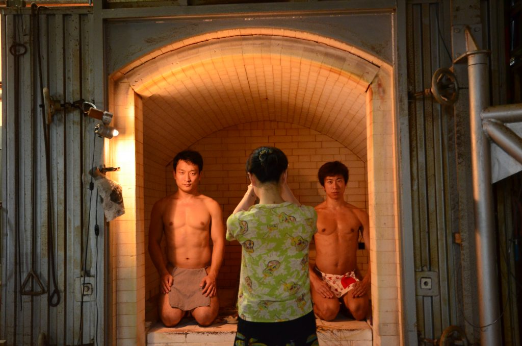 fundoshimans-with-setoguchisan-inside-the-porcelain-oven-2