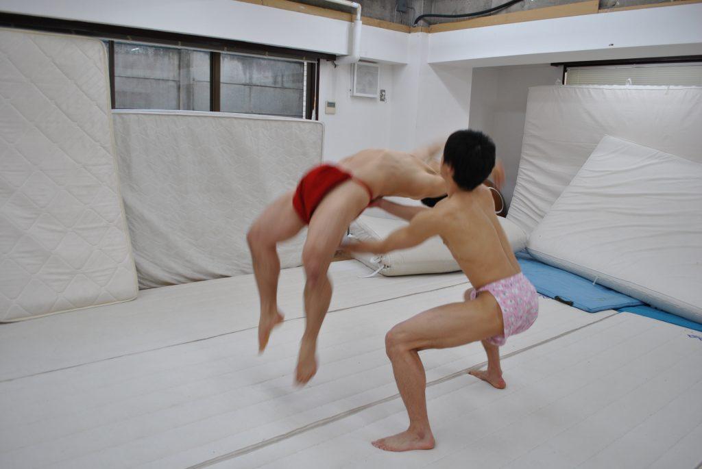 fundoshi-back-handspring