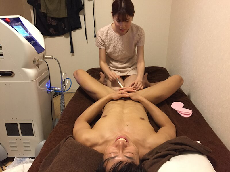 fundoshigentleman-depilation-in-private-salon-5