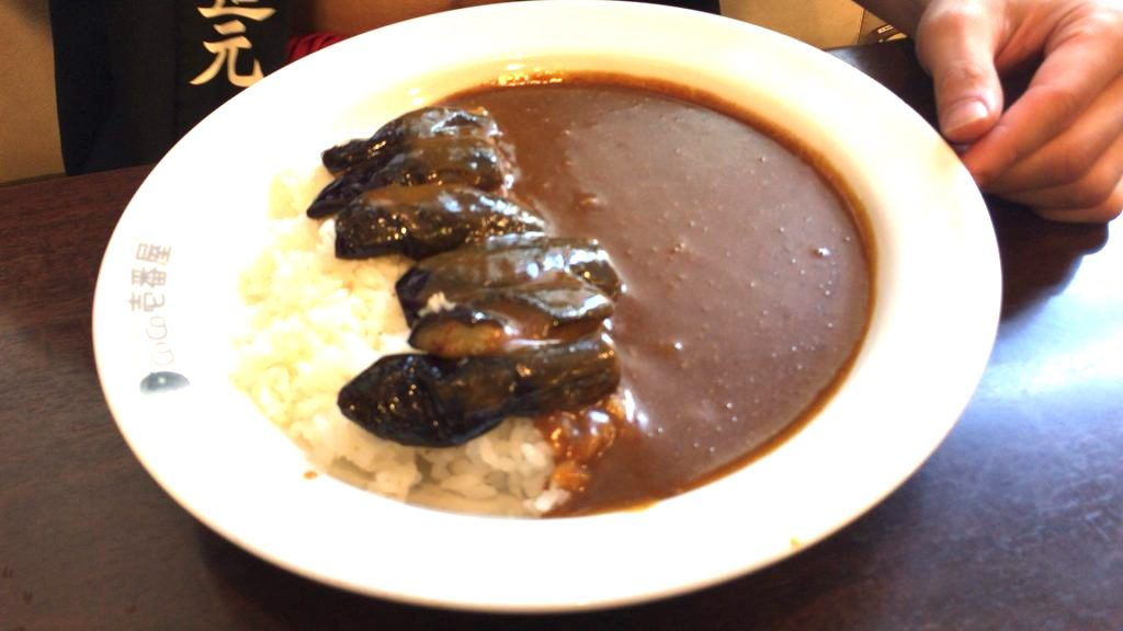 cocoichi-5spicycurry-with-5sweet-topping