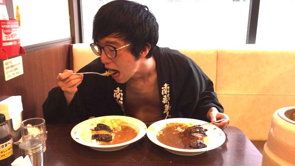 fundoshi-socrates-eating-sweetcurry-3