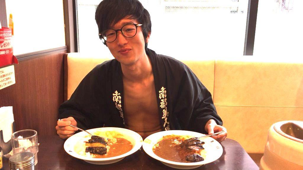 fundoshi-socrates-eating-sweetcurry-4